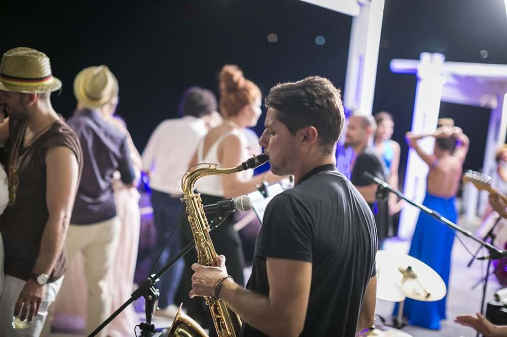 Music & Musicians