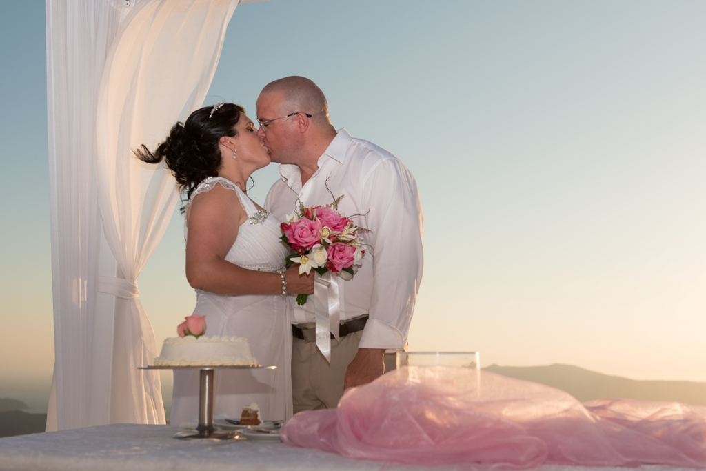 Wedding & private dinner at Dana Villas Santorini