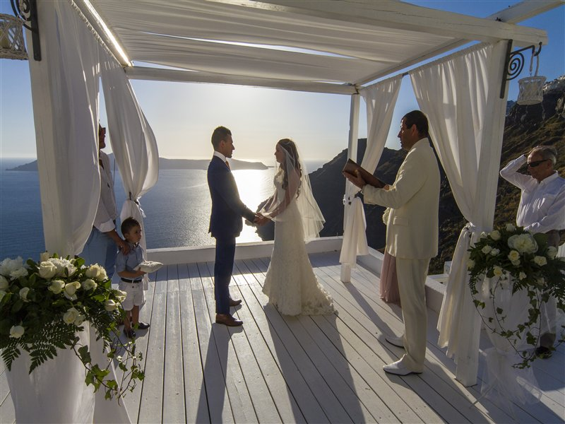 Jacinta & Nick- Wedding in Santorini