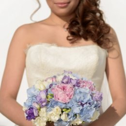image light-blue-hydrangea-pale-rose-peonies-jpg