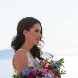 image divine-weddings-santorini-bridal-special-bouquets-1-jpg