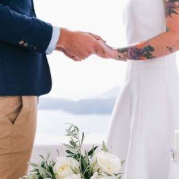 image divine-weddings-santorini-bridal-special-bouquets-17-jpg