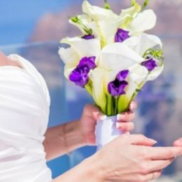 image white-callas-purple-lisianthus-jpg