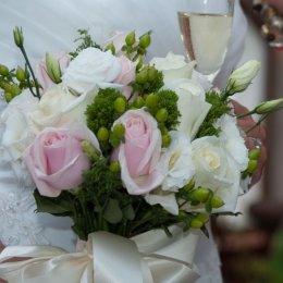 image rachel-melling-bouquet-jpg