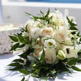 image divine-weddings-santorini-gallery-bridal-bouquets-0-jpg