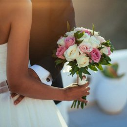 image divine-weddings-santorini-gallery-bridal-bouquets-6-jpg