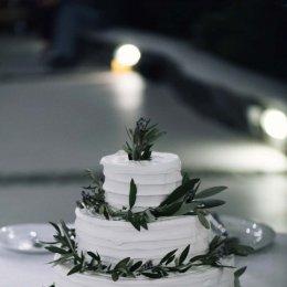 image divine-weddings-santorini-wedding-cakes-sweets-divine-weddings-santorini-wedding-cakes-sweets-3-jpg