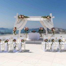 image divine-weddings-santorini-ceremony-decoration-1-jpg