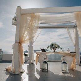 image divine-weddings-santorini-ceremony-decoration-15-jpg