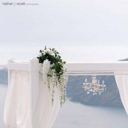 image divine-weddings-santorini-ceremony-decoration-20-jpg