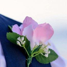 image divine-weddings-santorini-grooms-boutonnieres-2-jpg